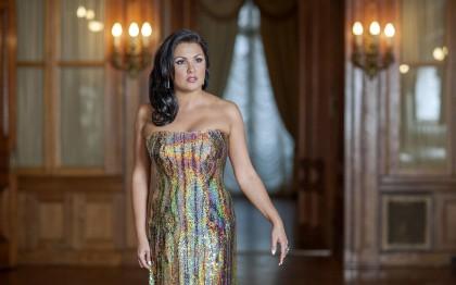 Anna Netrebko gab in Dresden ihr Rollendebut als Sylva Varescu