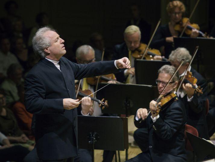 Honeck dirigiert 12. Sinfoniekonzert der Staatskapelle Dresden